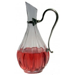 Serving decanter with handle