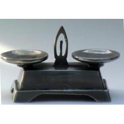 Balance miniature