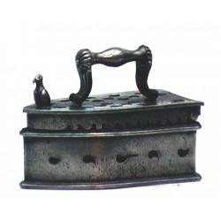 Miniature large iron n°1