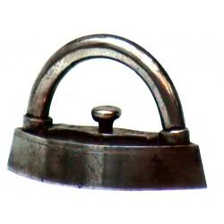 Large miniature iron n°4