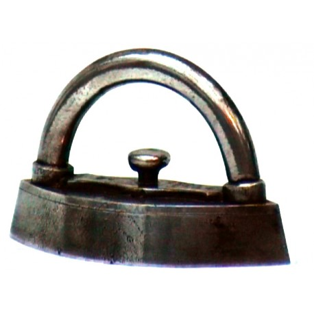 Large miniature iron n°4