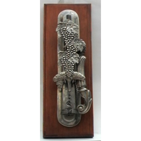 "Wall cork screw with ""volute"" handle and grape decor"