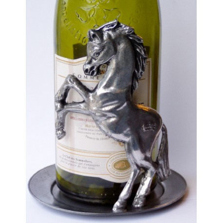Bottle mat with 1 horse decor