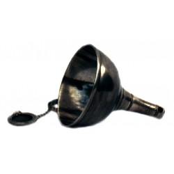 Decanter funnel with removable filter