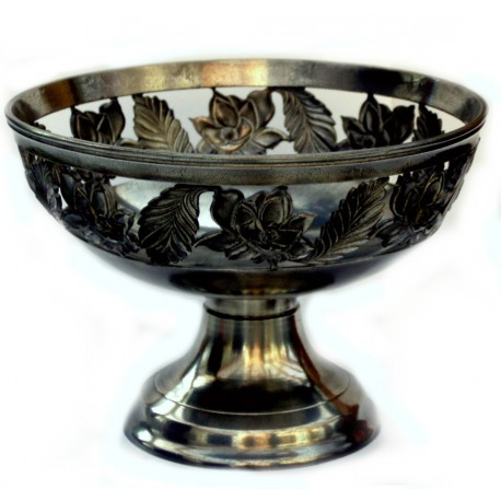 Medium openworked bowl with flower decor