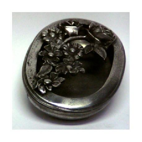 Boîte ovale ajourée décor fleur en étain
