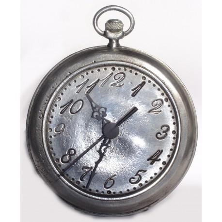 Horloge unie en étain