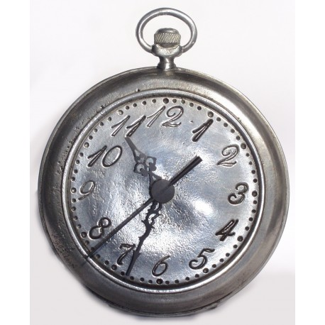Plain pewter clock