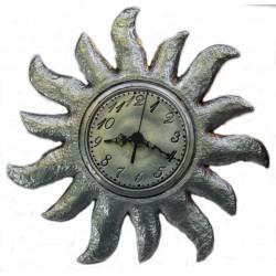 Horloge soleil en étain