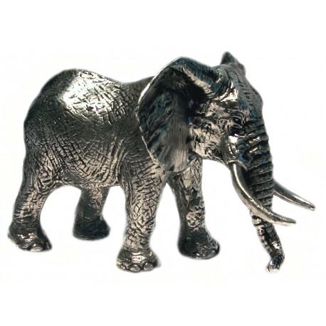Éléphant miniature en étain