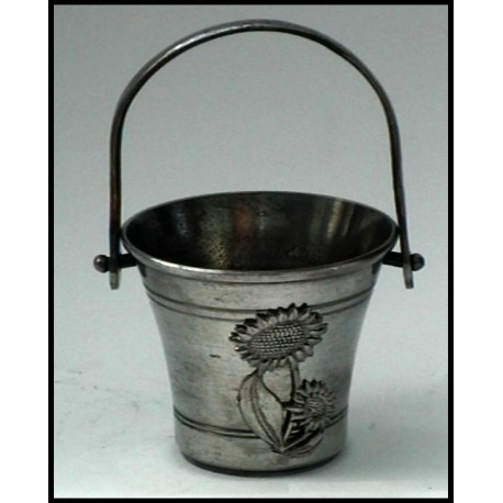 Pewter miniature bucket n°1