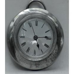 Horloge ronde en étain
