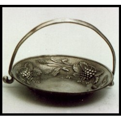 Small pewter fruit bowl with handle