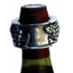 Wine bottle collar with grape decor